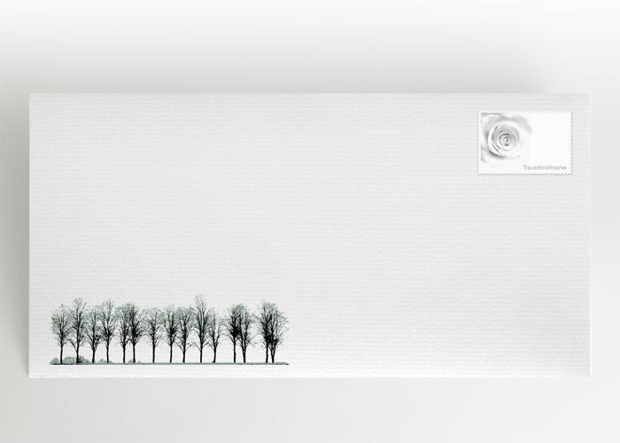 Eine Reihe von Laubbäumen - Briefumschlag Motiv F-08