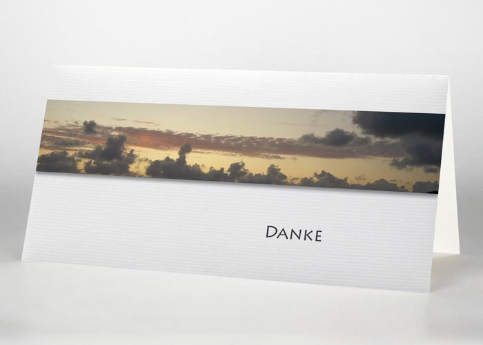 Himmel mit Wolken während eines Sonnenuntergangs - Danksagungskarte Motiv F-02