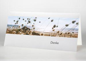 Weiße Blumen am Strand - Danksagungskarte Motiv F-38
