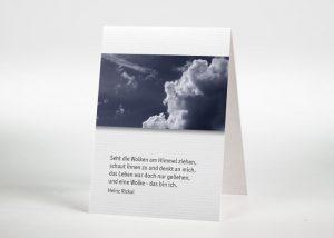 Dunkler Himmel mit Wolken - Sterbebildchen Motiv F-01