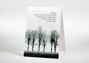 Eine Reihe von Laubbäumen - Sterbebildchen Motiv F-08