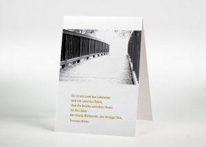 Brücke in einen hellen Lichtschein - Sterbebildchen Motiv F-14