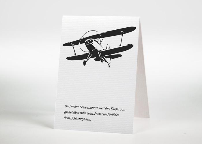 Gezeichnetes fliegendes Doppeldeckerflugzeug - Sterbebildchen Motiv S-20