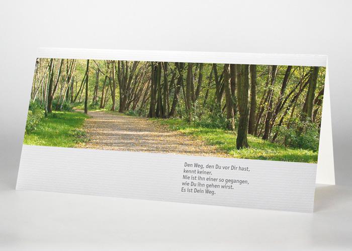 Sonnendurchfluteter Waldweg - Trauerkarte Motiv F-10