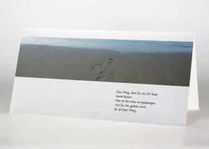 Fußspuren im Sand - Trauerkarte Motiv F-28