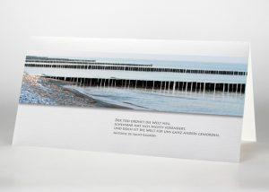 Holzbuhnen im Meer - Trauerkarte Motiv F-35